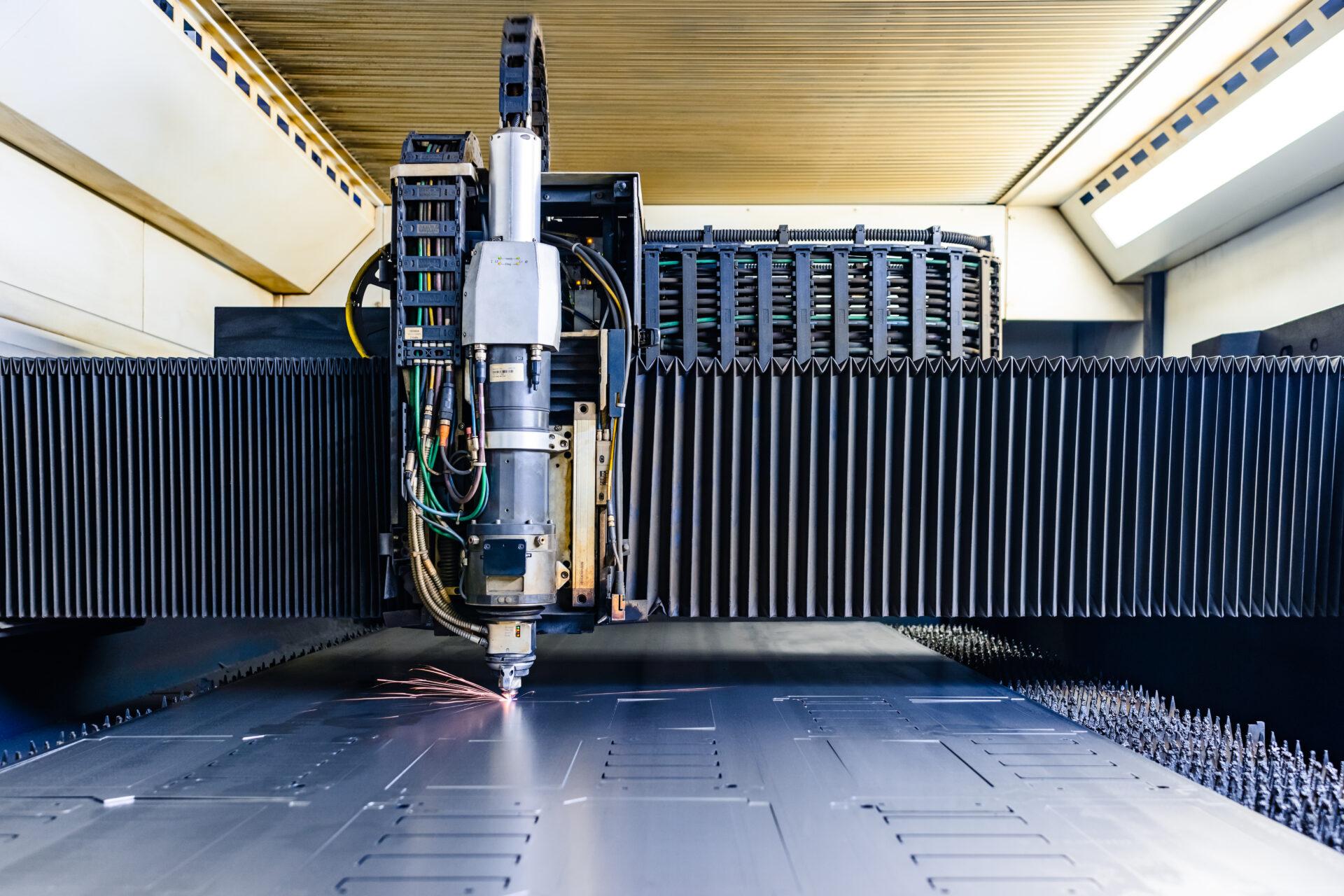 laserowe cięcie blach elbox